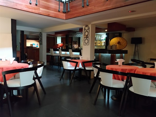 Est Bar