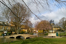 Tour Gems, Bourton-on-the-Water, United Kingdom