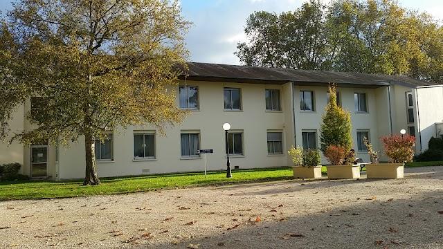 Clinique Psychiatrique Château de Villebouzin