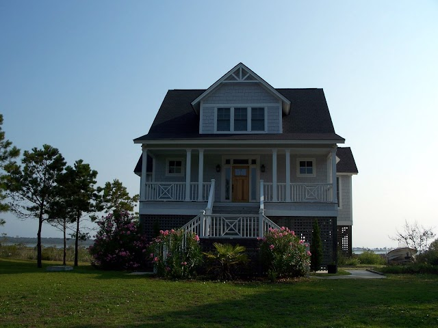 131 Charles St. (Harkers Island Road)