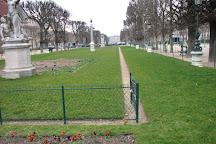 Jardin des Grands-Explorateurs Marco-Polo et Cavelier-de-la-Salle, Paris, France