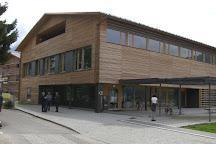Biblioteca Hans Glauber, Dobbiaco, Italy