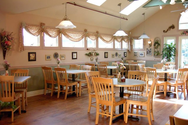 Gabriel's Fountain Restaurant