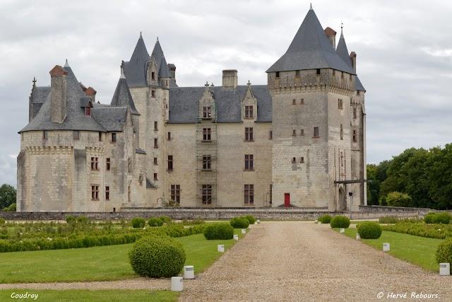 Chateau Du Coudray Montpensier