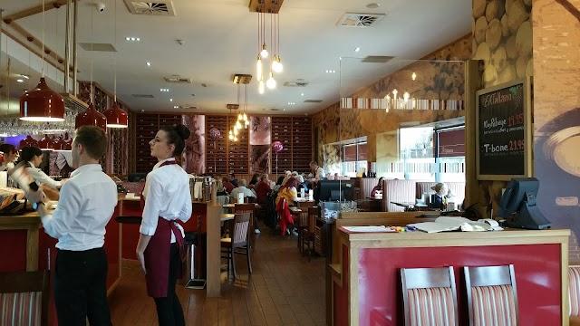 Cafe Eataliano Restaurant