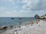 Пляж наришкинського Камені (Башмак) в Сімеїзі