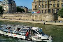 Fontaine Saint-Michel, Paris, France
