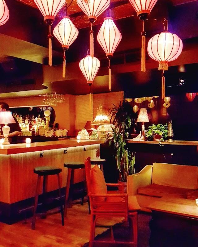 Nhâu Bar