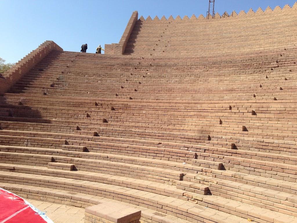 Фото Вавилон: Babylonian Theater