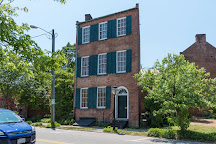 Trapezium House, Petersburg, United States