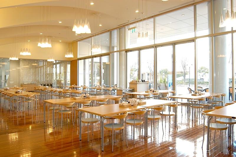 福岡国際会議場1階レストラン ラコンテ