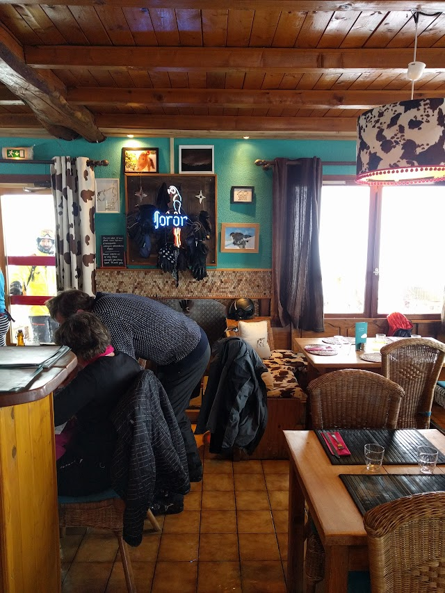 La Vache Pub And Restaurant