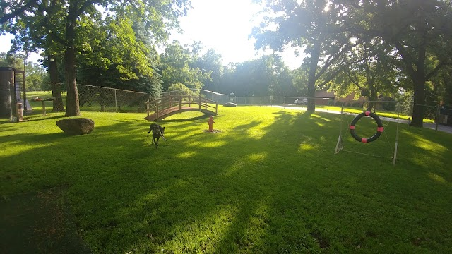 Armstrong Ranch Kennels