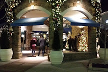 The Promenade Shops at Saucon Valley, Center Valley, United States