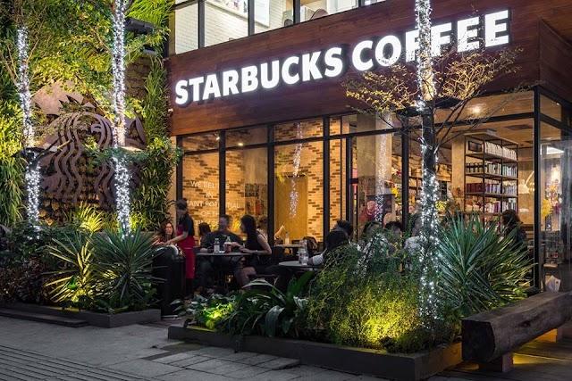 Starbucks Nguyen Hue