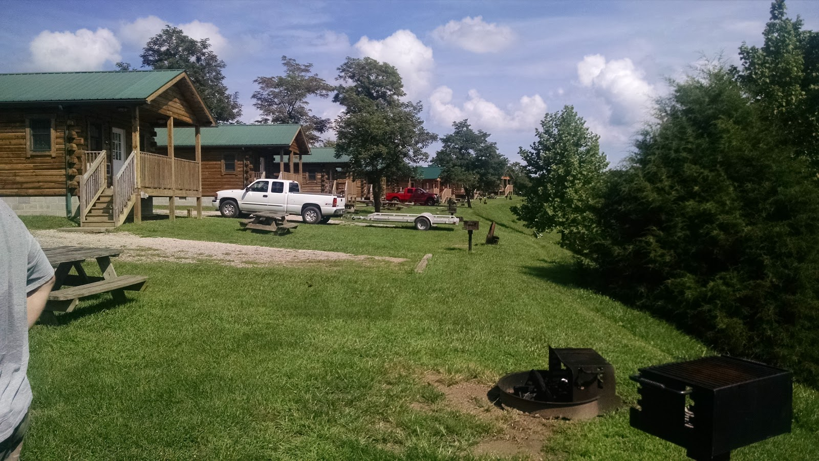 Twin Hollow Campground And Cabins Around Guides