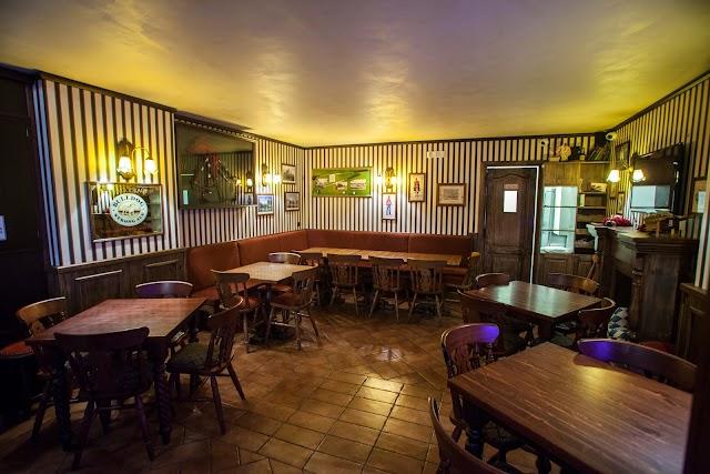 Posh Pub