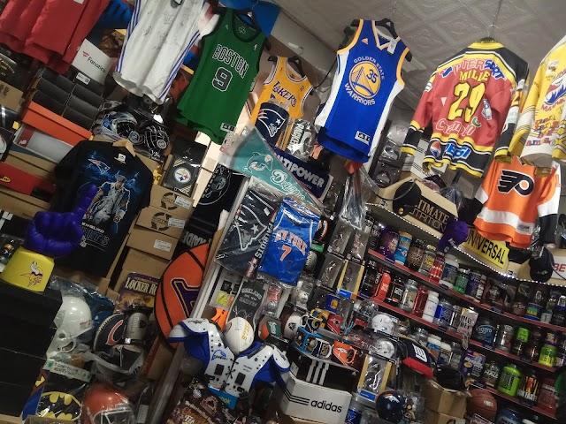 Store NFL Football