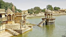 Apex Voyages - Golden Triangle Tour Packages | Tour Operators India