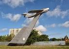 """Памятник """"Самолёт"""", Восточный проспект на фото Бердянска"""