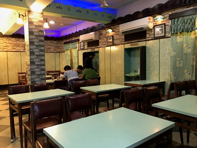 Aristo Restaurant
