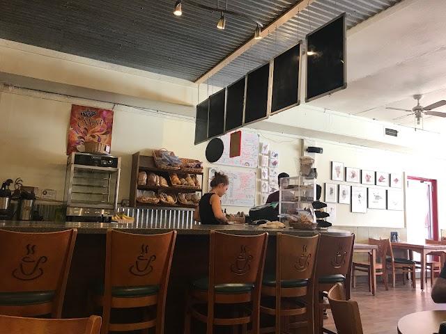 Red Rock Bakery & Net Cafe