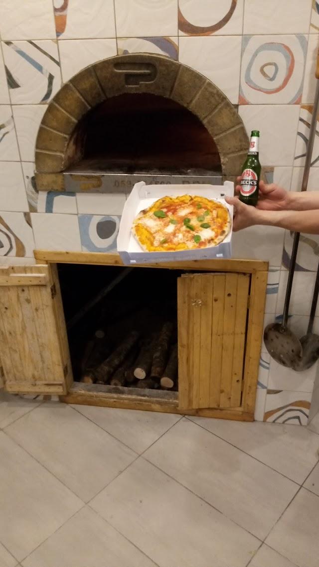 Happy pizza di conti giuseppe