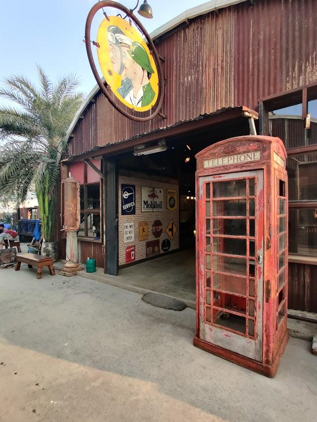 The Camp - Vintage Flea Market