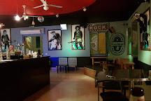 Kambusa rock bar, Monopoli, Italy