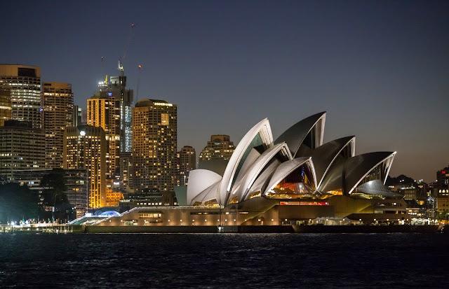 Sydney Opera House, Western Boardwalk