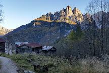 Laghetto El Vach, Forno di Zoldo, Italy