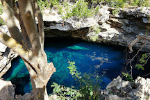 Sapphire Blue Hole, Eleuthera, Bahamas