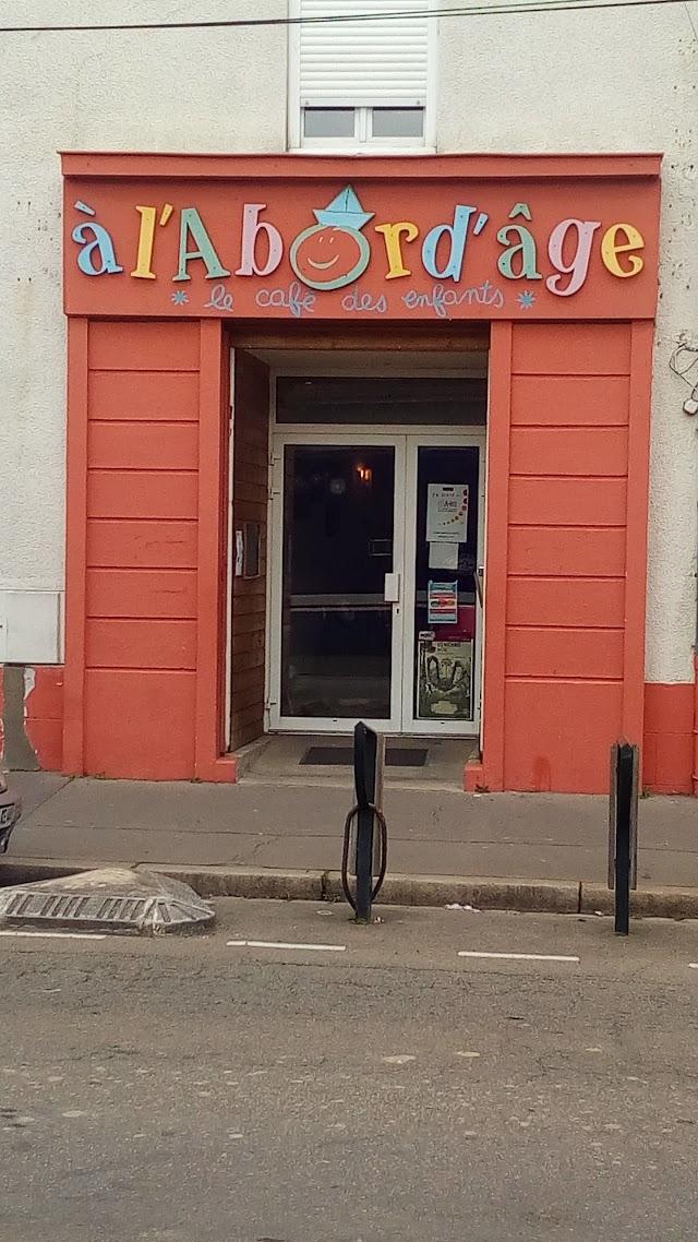 A l'Abord'Age le Café des Enfants