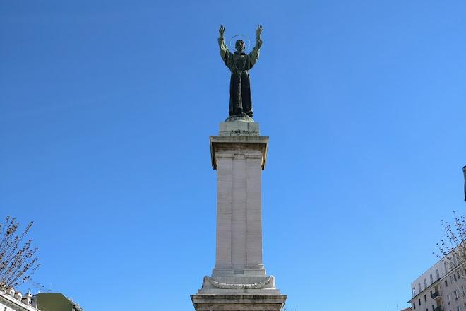 Monumento a San Francesco d'Assisi, Milan, Italy