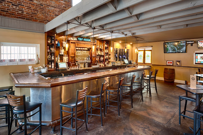Obed and Isaac's Microbrewery & Eatery, Springfield, United States