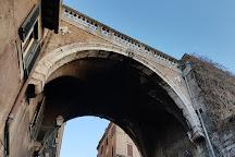 Arco Farnese, Rome, Italy