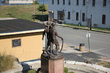Tom Sawyer' Statue, Hannibal, United States