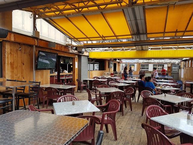 Scallywags Restaurant