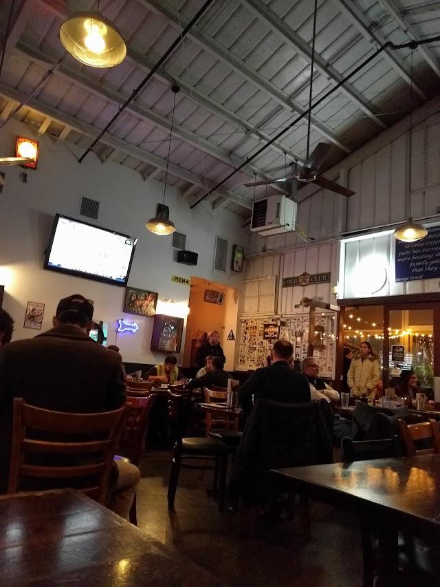 Pub at Golden Road Brewing