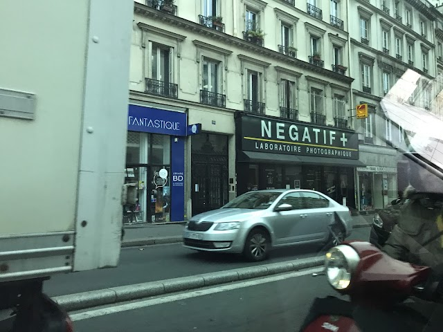 Négatif+ Service Graphique