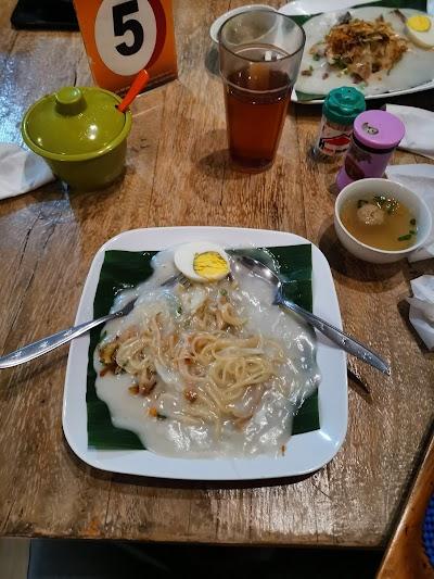 Qq Cafe And Resto Kabupaten Kuningan West Java