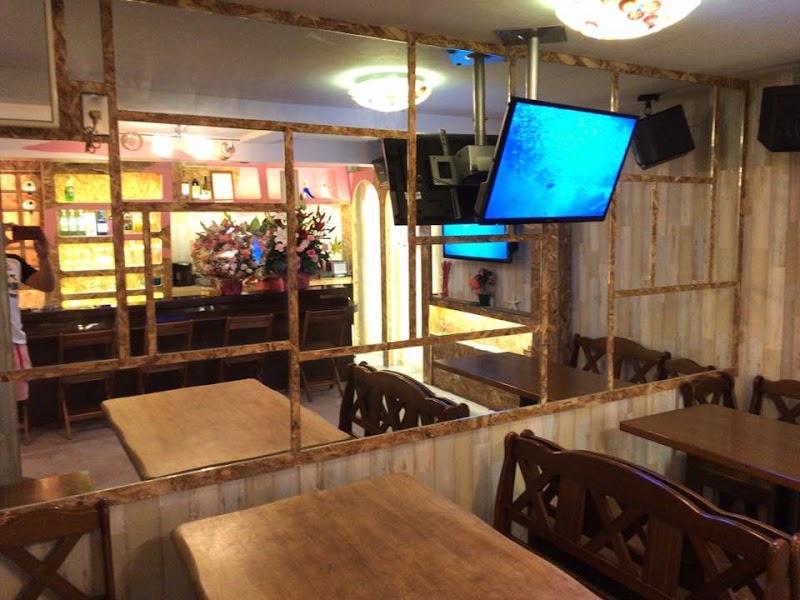 Kirra ➕(plus) 〜beach house BAR〜