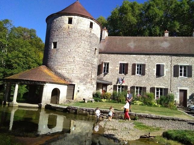 Abbaye de Bèze