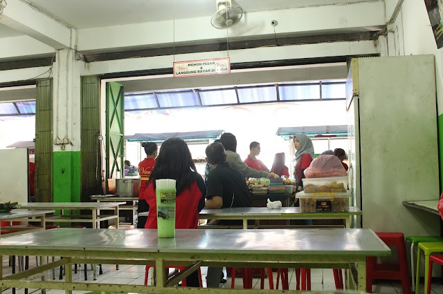 Selat Vien's - Selat, Timlo, & Soto Ayam