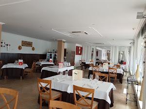Atzavara Port Lounge Restaurant