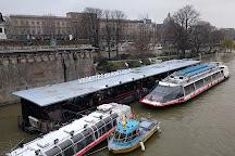 Vedettes du Pont Neuf, Paris, France