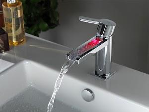 Reformas de baños en Madrid (IMR). Cambiar bañera por ducha.