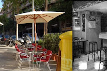 En Diagonal Bar, Barcelona, Spain