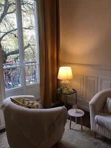 Fanny Javet, Psychologue à Grenoble. Psychothérapeute sur Grenoble et alentours. Dépression, anxiété, stress, mal être, confiance en soi, gestion émotionnelle