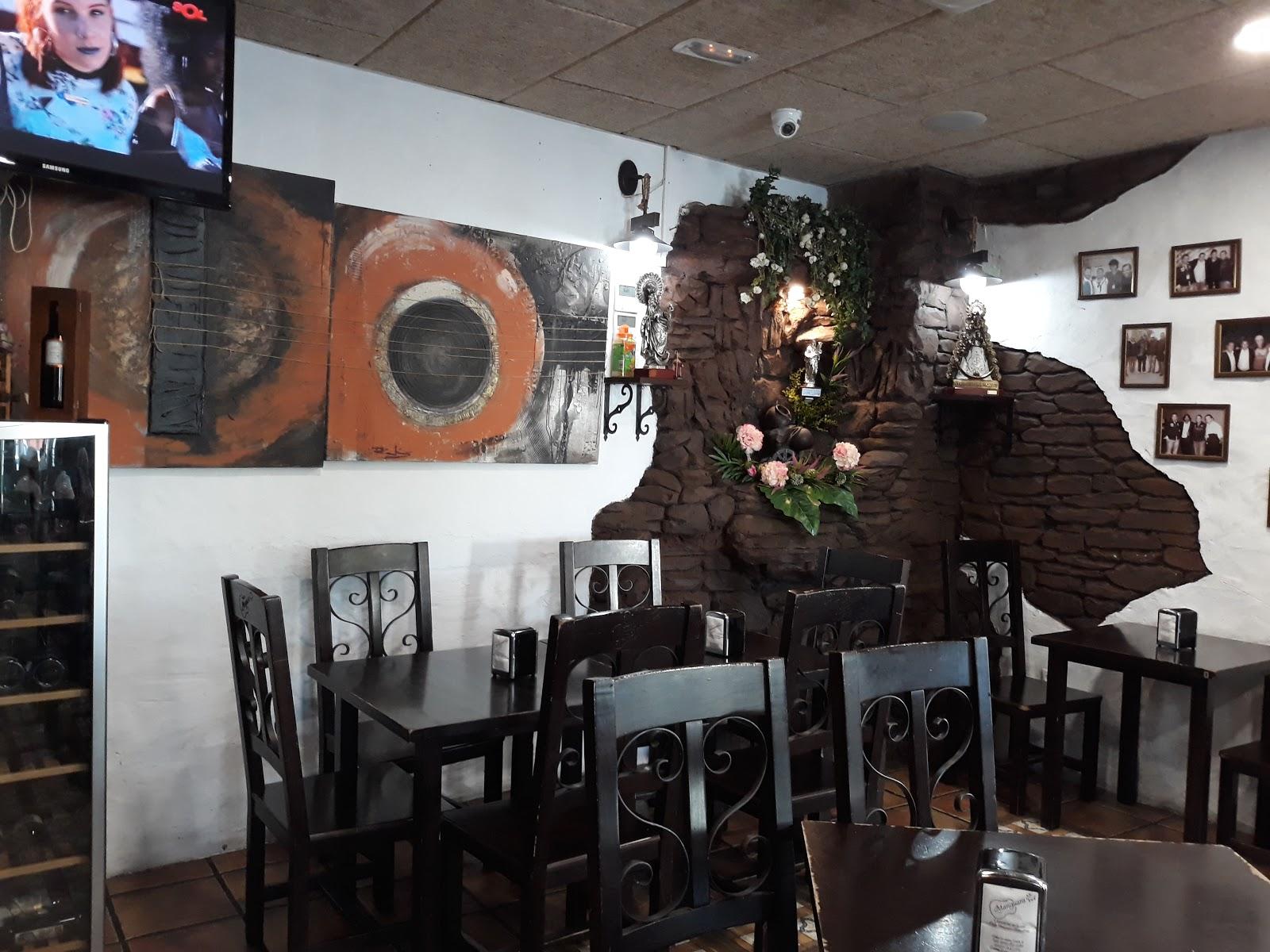 Restaurante La Bella - Casa Revuelta